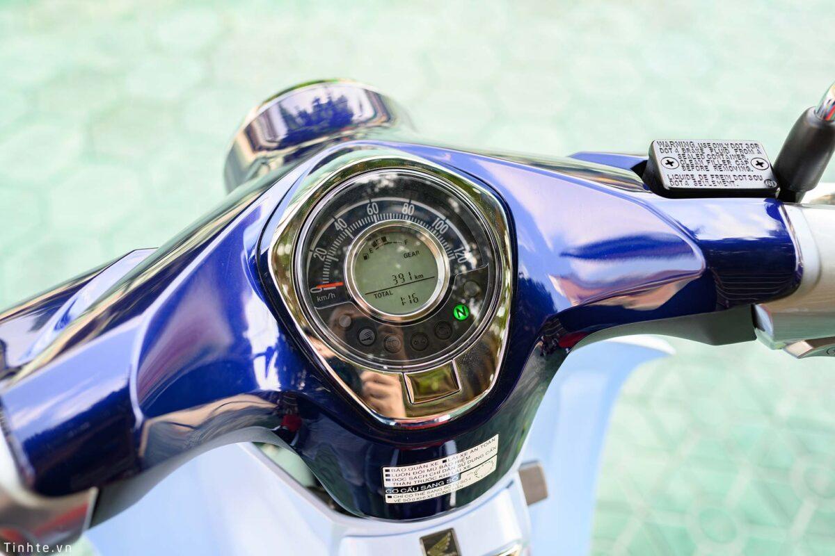 Mặt đồng hồ hiện đại