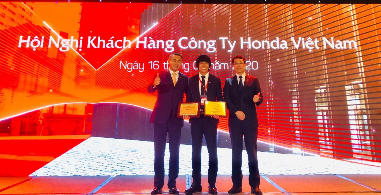 Hệ thống Honda Dũng Tiến - Cúc Vinh đạt TOP 45 công ty hoạt động xuất sắc kì 96
